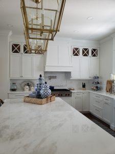 kitchen-wood-hood-with-island